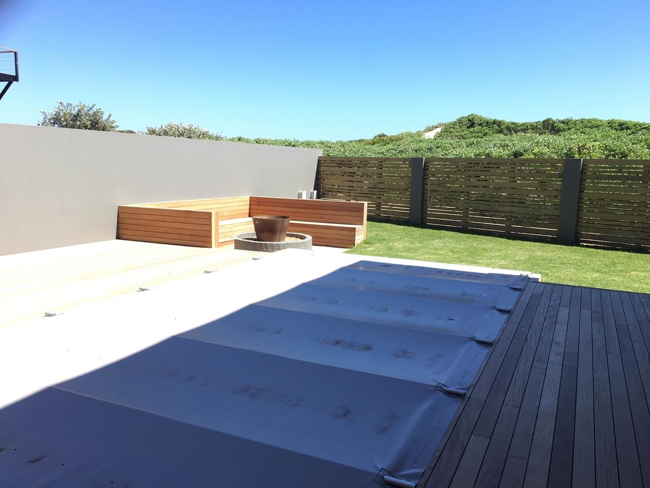 House Schewitz - Pool Deck Detail